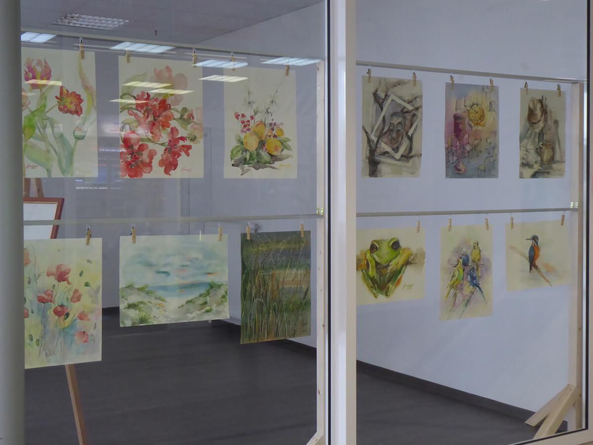 Foto von Bilderausstellung