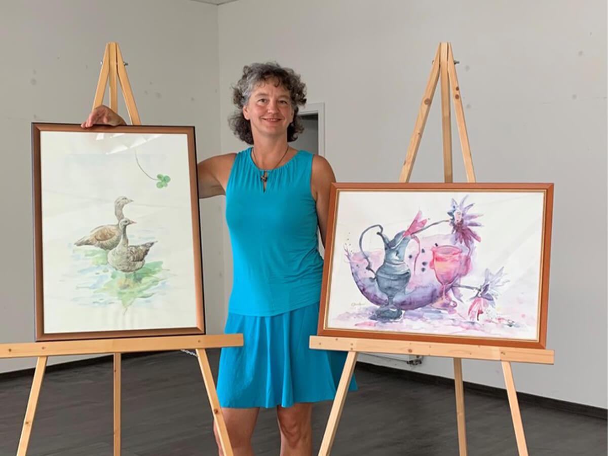 Foto von Bilderausstellung mit Corina Bernhardt